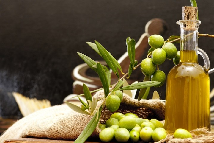 olives-and-olive-oil-720x480