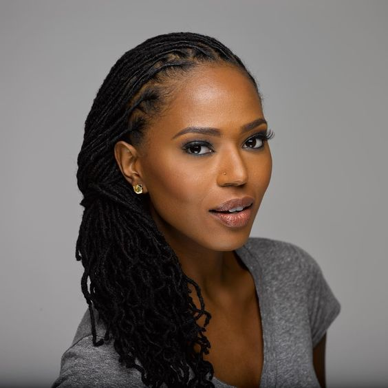 7 Natural Hairstyles For Locs at Work - TGIN