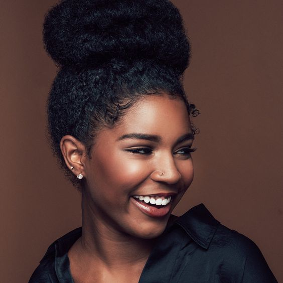 5 Natural Hairstyles Perfect For Work - TGIN